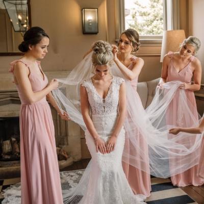 Bucks photographer Fiona Forwood debates to veil or not to veil?